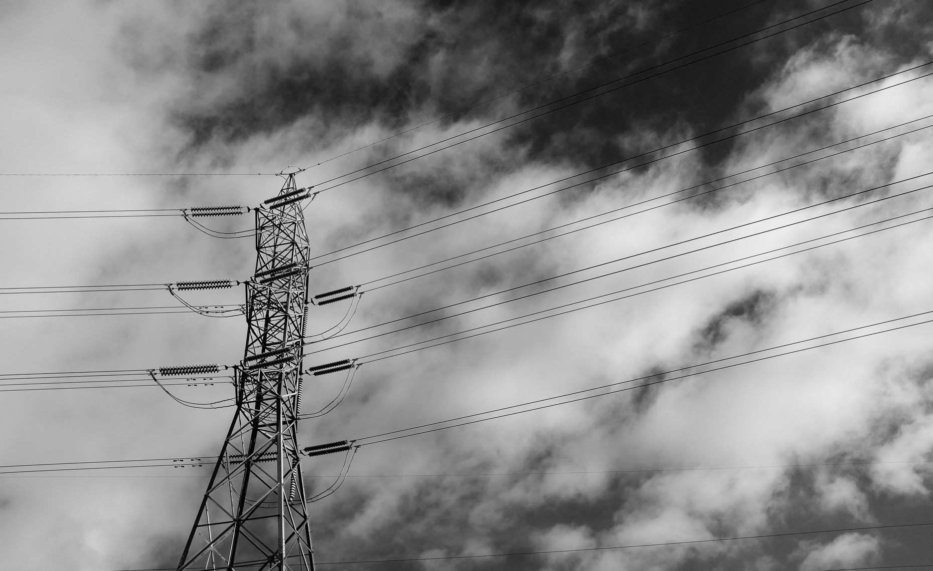20180110_power_lines_clouds