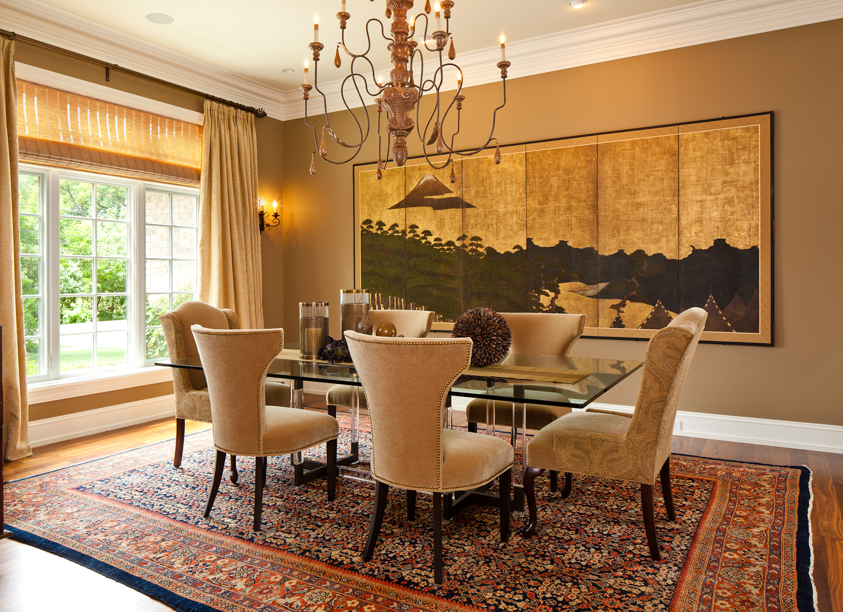 Dining room of Chicago residence